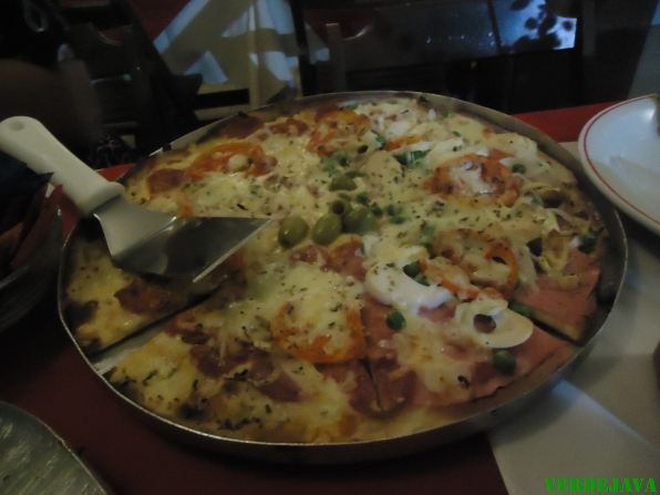 Pizza Italiana de Calabreza - Guarapari - ES